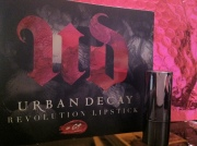 Urban Decay | Revolution Lipstick (69)